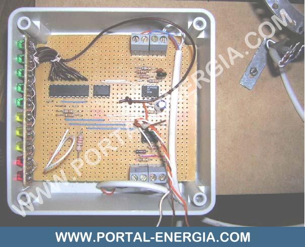 Circuito de controlo (Input - Frequência, Output - Tensão)