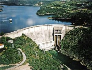 Barragem Hidroelectrica Castelo de Bode