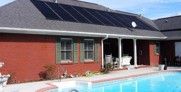 Como aquecer uma piscina com painéis solares