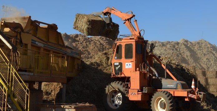 Resíduos de biomassa da cana de açúcar transformada em energia elétrica