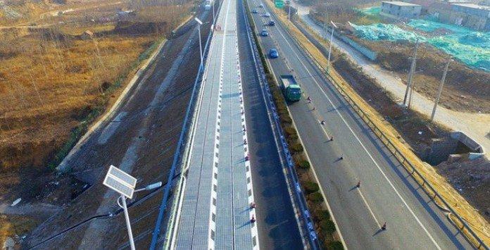 China inicia construção estradas solares
