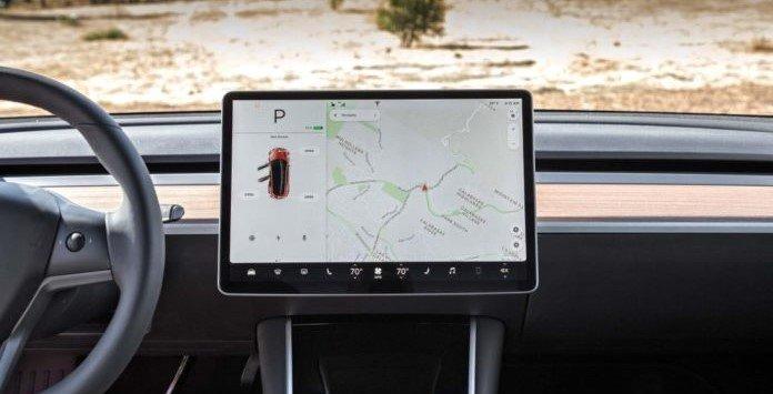 Consola de Navegação do Tesla Model 3