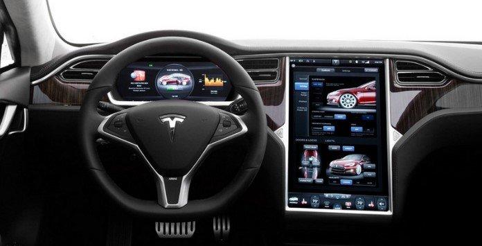 Vista interior carro elétrico Tesla