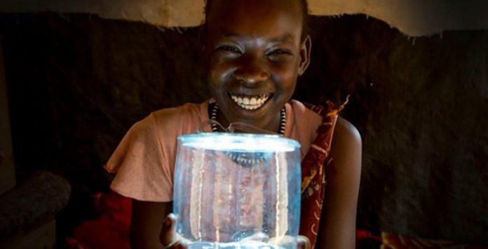 lanterna-solar-luci-mpowerd