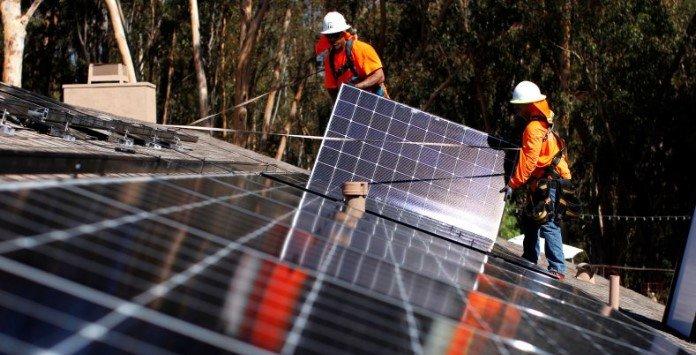 Limpar Painel Solar Fotovoltaico