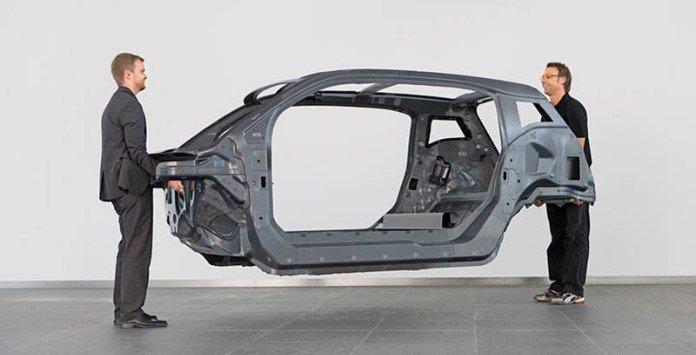 Baterias num chassis de carbono