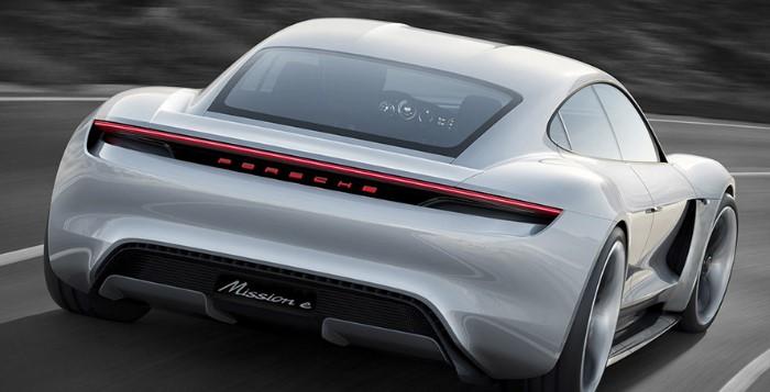 Veículo Elétrico - Porsche Mission E