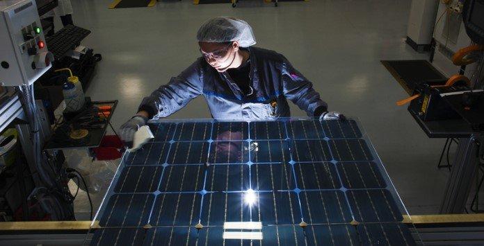 Painéis Solares Fotovoltaicos Dupla Face SolarWorld