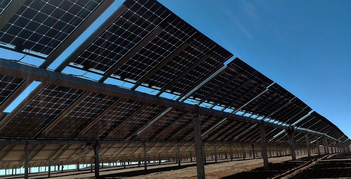 Painéis Solares Fotovoltaicos Dupla Face