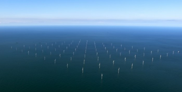 parque-eolico-offshore-london-array-2