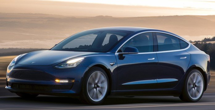 Carro Elétrico - Tesla Model 3 Long Range
