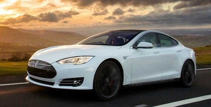 Carro Elétrico - Tesla Model S Long Range