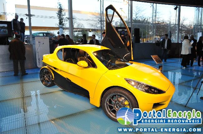 veeco-carro-desportivo-electrico-stand